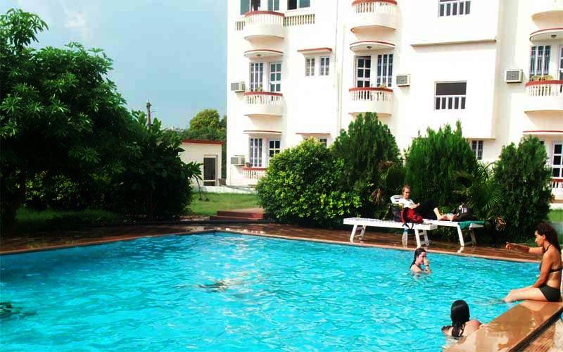 Hotels In Pushkar Green Park Resort Swimming Pool